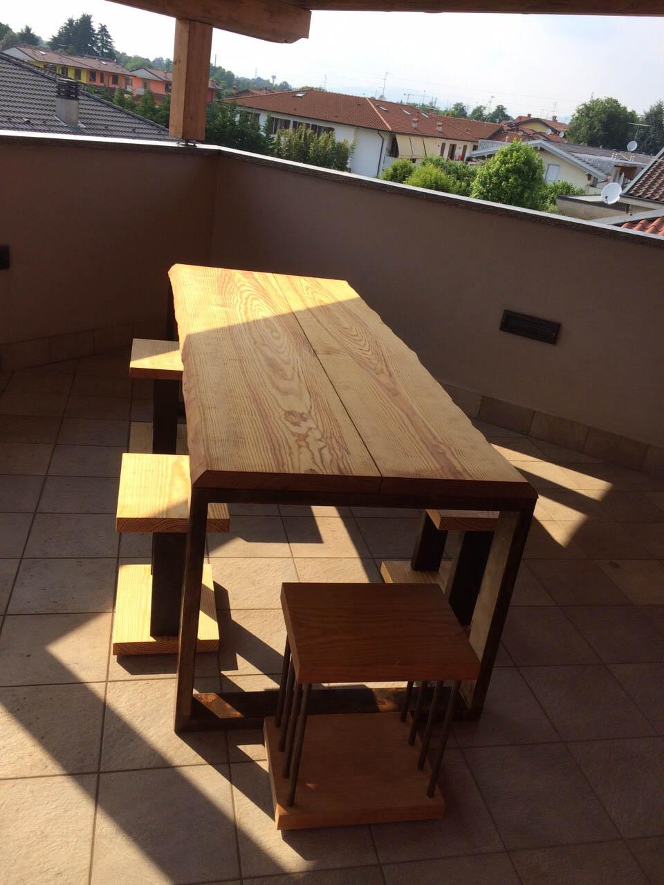 Tavolo Legno Bergamo.Realizzazione Tavoli Su Misura In Legno Bergamo