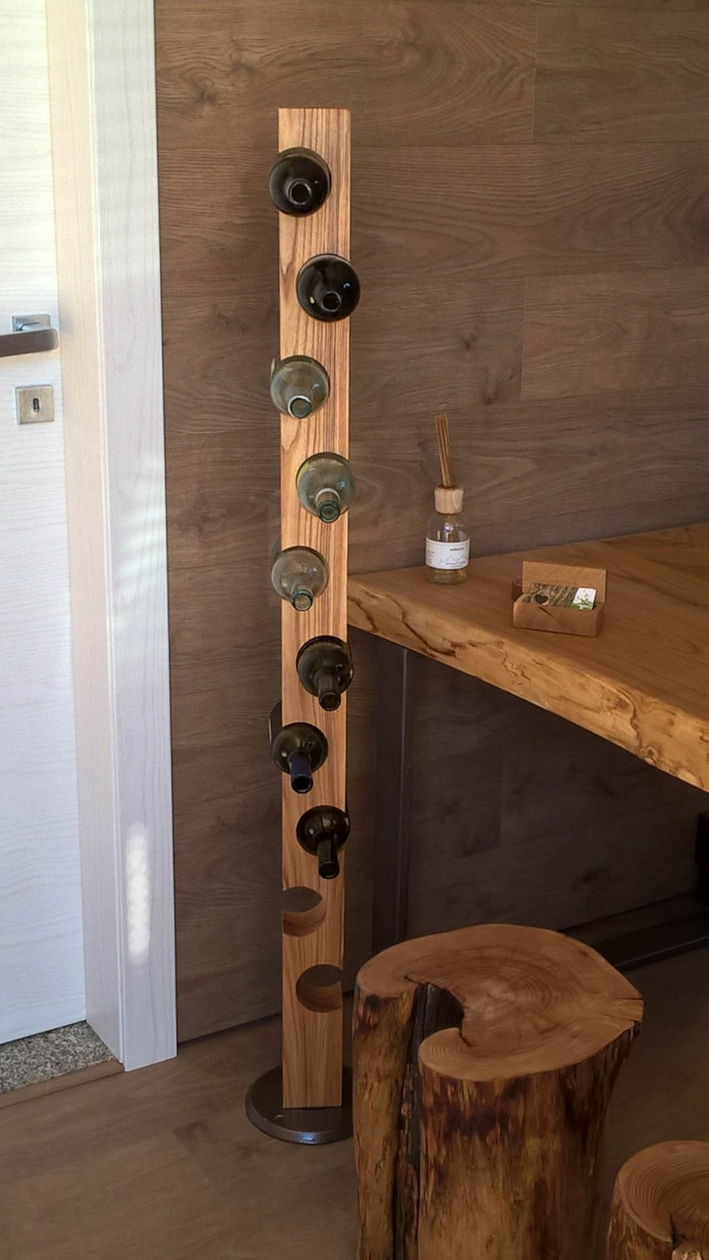 Realizzazione tavoli su misura in legno Bergamo